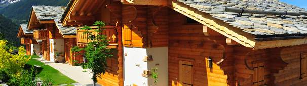 Entretenir une façade en bois peinte