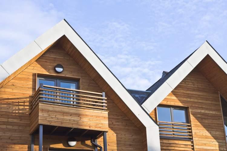 Barrière anti-uv pour façade et terrasse en bois