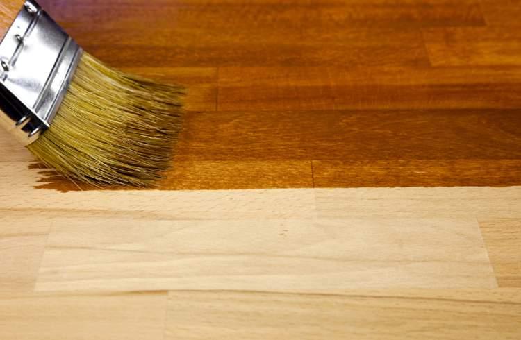 Cire pour parquet en bois