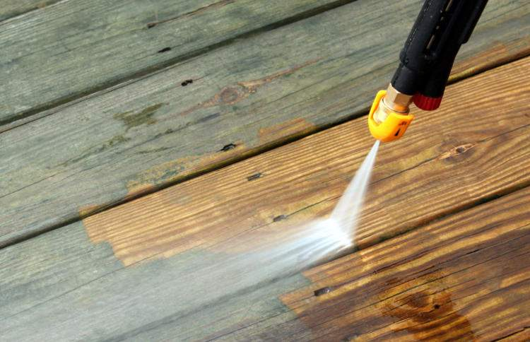 Conservateur bois, lutte contre le grisaillement des terrasses
