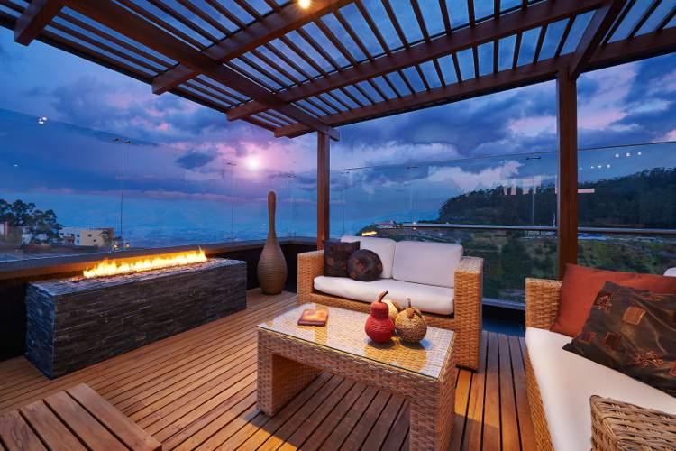 Produit entretien et traitement du bois extérieur